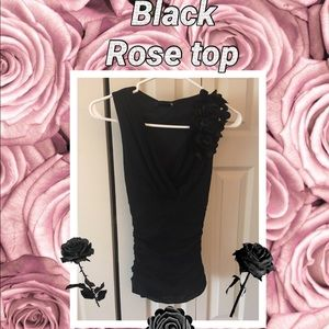Beautiful NWOT black v-neck Rose top